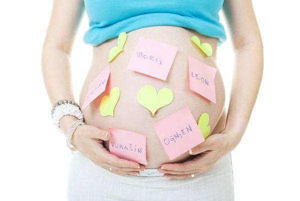Lucruri pe care trebuie sa le stii inainte sa alegi numele copilului