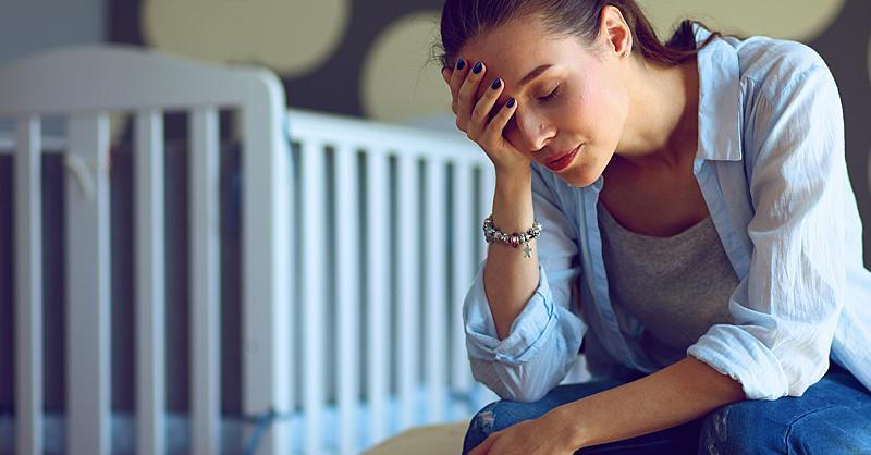STUDIU: Cresterea copiilor este mai obositoare pentru mame decat pentru tati