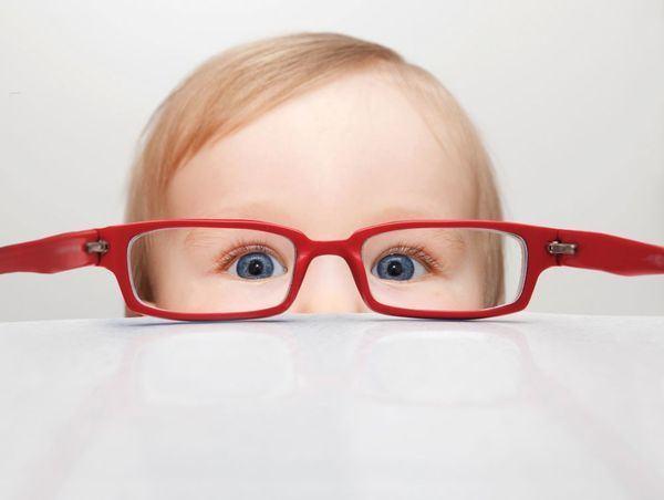 7 lucruri care iti strica vederea