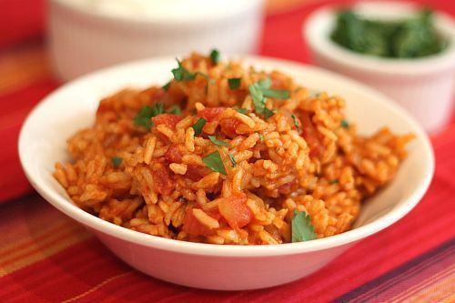 Mancare de ardei si rosii cu orez
