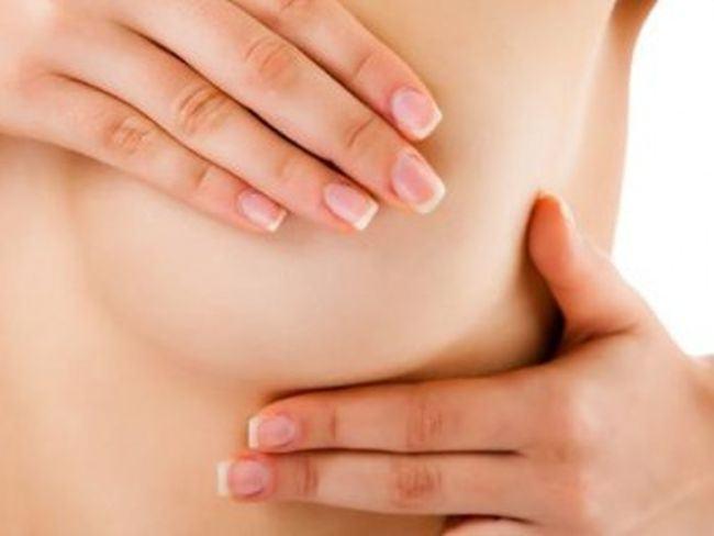Cum se palpeaza corect sanii pentru a descoperi cancerul