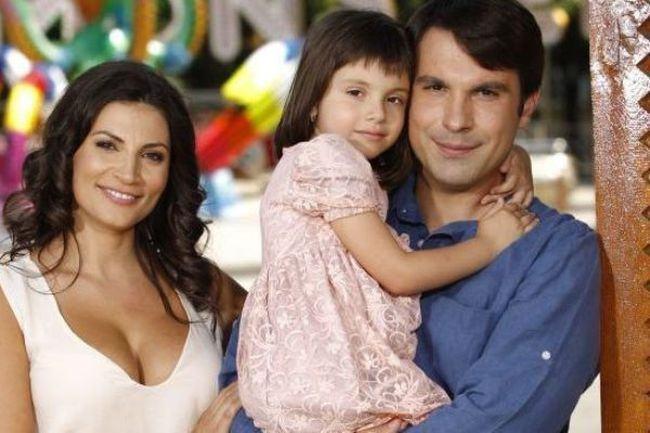 "Ioana Ginghina, despre relatia fiicei sale cu tatal:""Traiam toti trei in aceeasi casa, dar eram doar noi doua"""