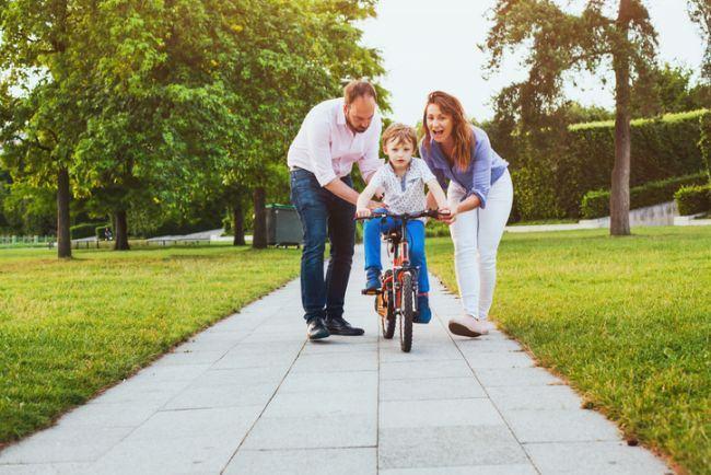 Cum sa fii un parinte bun: sfaturi pentru fiecare etapa de varsta
