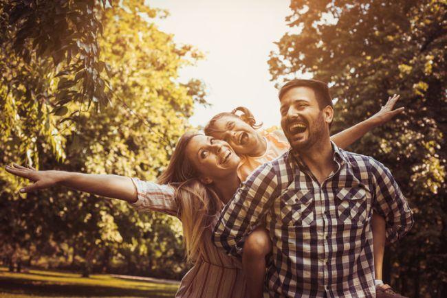 Parinti si copii: 8 lucruri esentiale pentru a fi un parinte bun