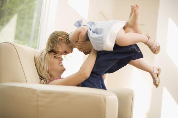 Adoptia: cand discuti cu copilul despre acest lucru?