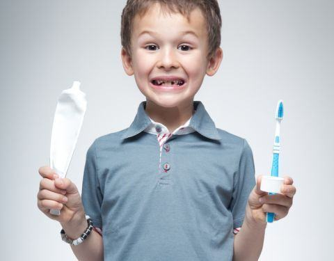 Pasta si periuta de dinti pentru copii, alegere si recomandari