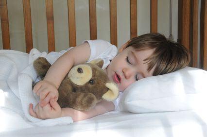 Perna ideala pentru somnul copilului tau