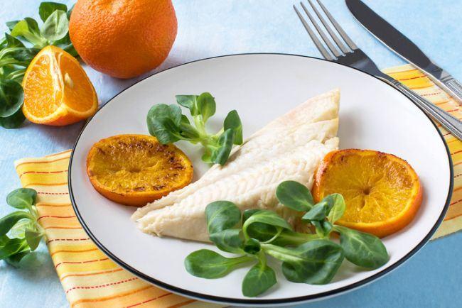 File de peste in sos de portocala