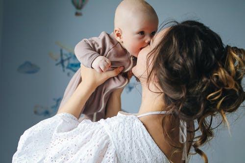 Vrei sa fii o mama buna? Acesta este cel mai important lucru pe care trebuie sa il faci