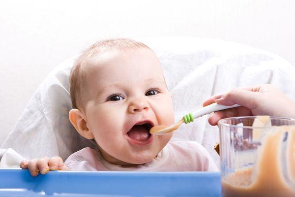 Piureurile de fructe si legume in alimentatia bebelusului