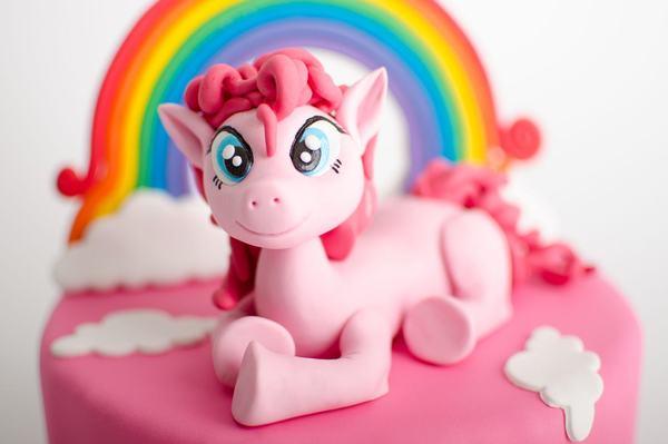 Ce sa stii inainte sa ii cumperi copilului jucarii My Little Pony