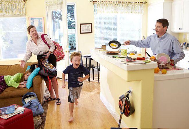 PREGATIREA copiilor pentru scoala echivaleaza cu o zi SUPLIMENTARA de munca