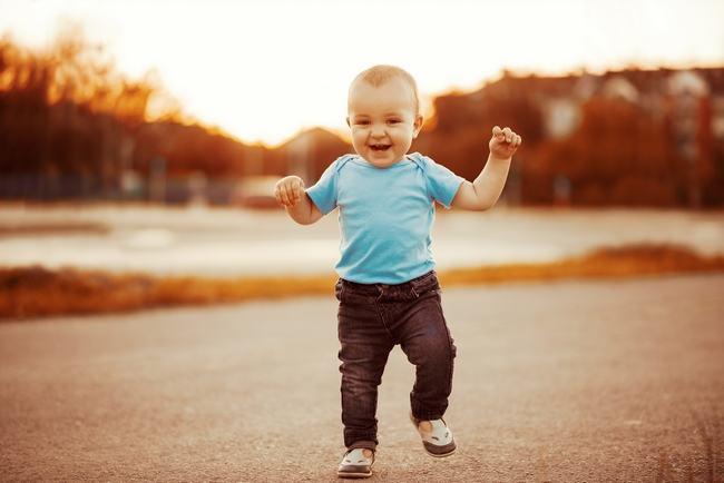 Motricitatea copilului. Cum se dezvolta miscarea la copiii intre 12 si 36 de luni