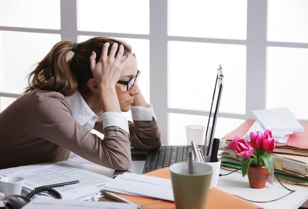 8 probleme de sanatate asociate cu munca de birou