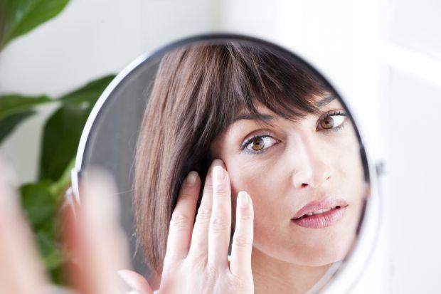 8 probleme de sanatate pe care le poti vedea in ochii tai