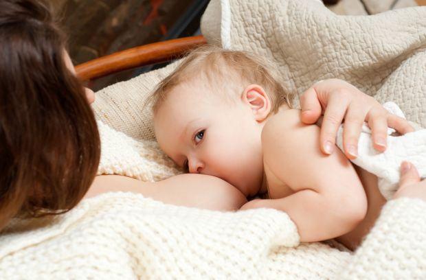 Cum sa tratezi ragadele si iritatiile sanilor din timpul alaptarii?