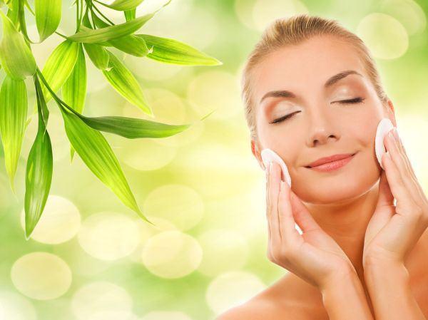 7 produse cosmetice care sa nu-ti lipseasca