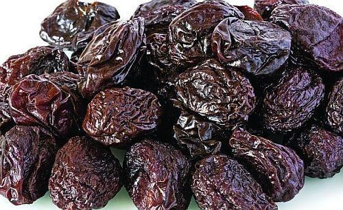 Mancare de prune uscate