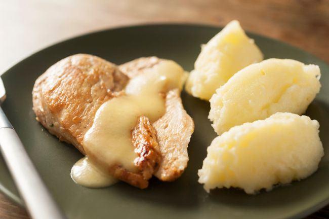 Carnita cu cartof si rosie