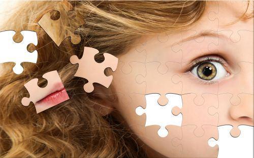 5 lucruri care nu cauzeaza autismul