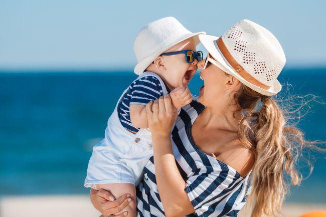 Tot ce trebuie sa stii despre radiatiile UVA si UVB - Protejeaza pielea bebelusului tau cu Mustela