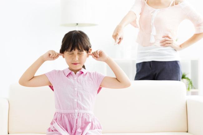 Cum sa faci fata lipsei de respect si raspunsurilor agresive ale copiilor
