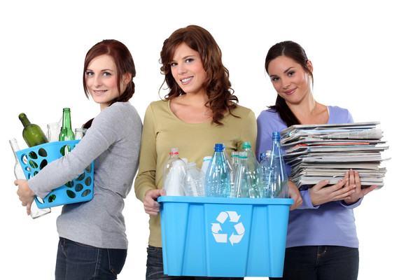 Incepe curatenia de primavara cu reciclarea - Metoda celor 10 zece pasi simpli!