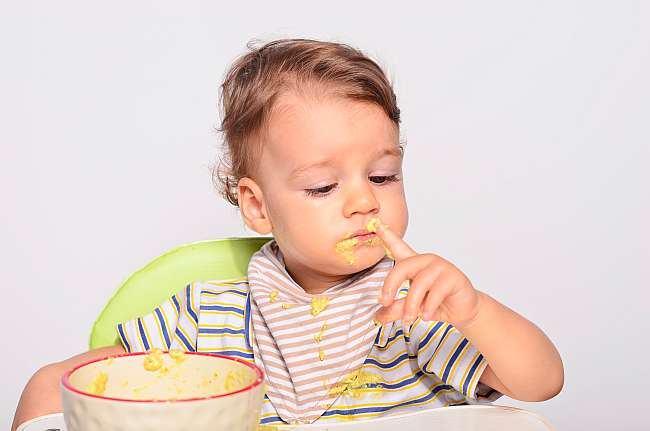 Diversificarea alimentatiei la sugari