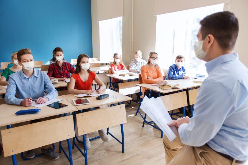 Masuri lejere in Franta pentru deschiderea scolilor in septembrie
