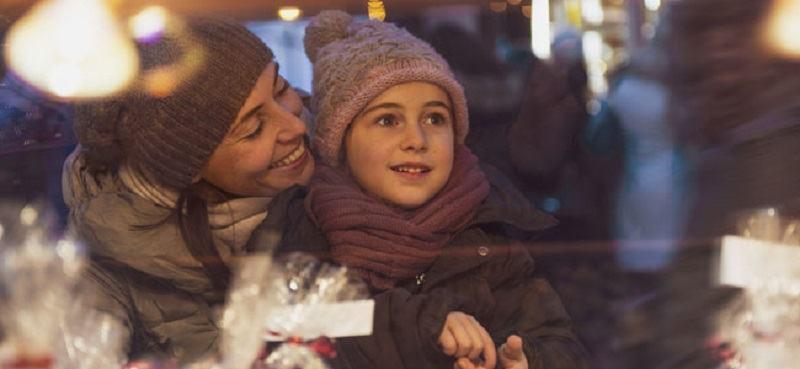 Importanta de a oferi copilului cadouri emotionale
