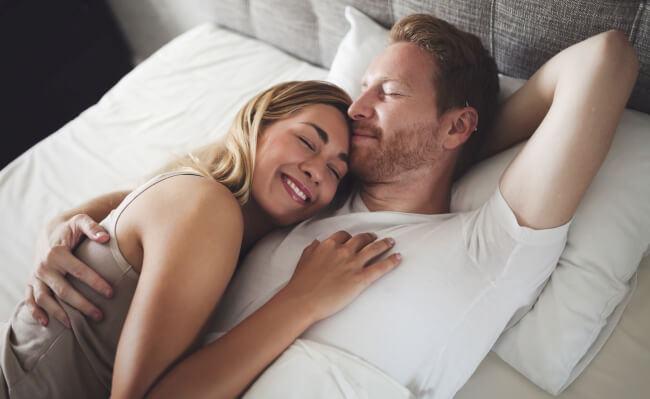 Pentru tatici: mergi la culcare odata cu sotia ta