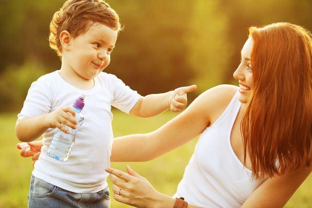6 lucruri esentiale de care orice baiat are nevoie de la mama lui