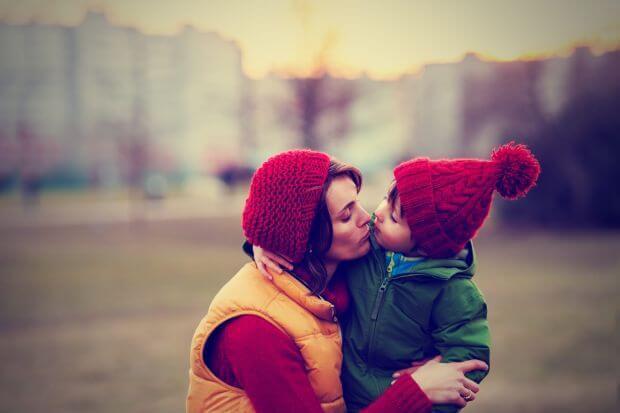 Vrei sa ai o relatie frumoasa cu copilul tau? Iata ce comportamente trebuie sa eviti!