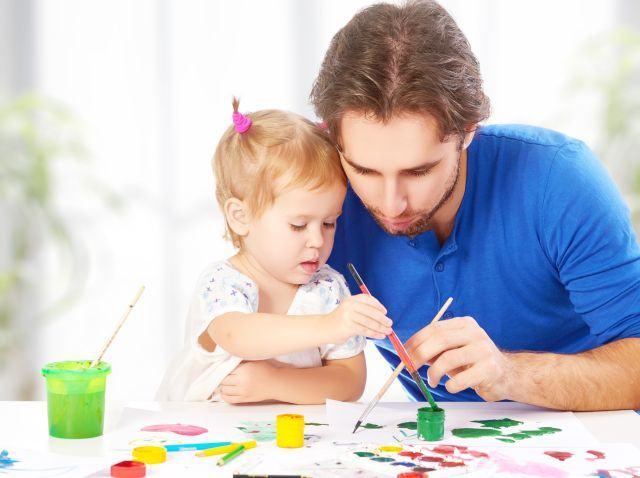 Relatia primului copil cu tatal