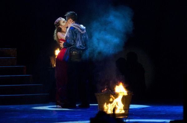 Romeo si Julieta, Spectacol Bilingv in cadrul primei editii a Festivalului International de Opereta si Musical