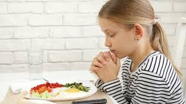 Rugaciuni pentru copii la masa
