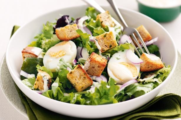 Salata de oua cu branza de vaci