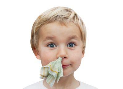 Copilului ii curge sange din nas, cauze frecvente si boli asociate