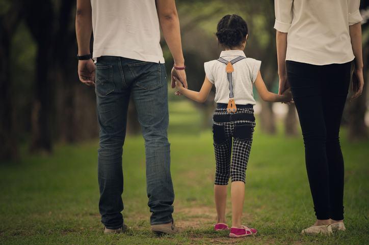 Inceputul de an scolar cand parintii sunt divortati