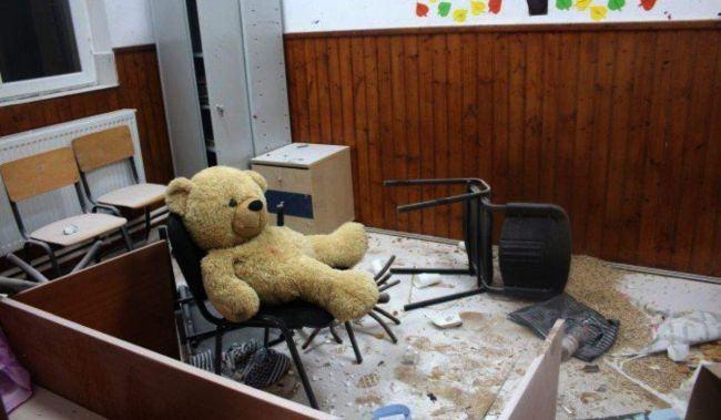 "Cum arata o scoala din judetul Giurgiu devastata de trei copii. ""A fost distractiv pana am inceput sa obosim"""