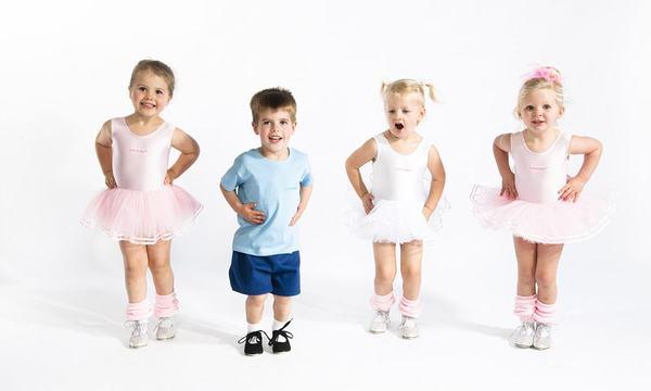 Copilul tau danseaza? Oamenii de stiinta au numai vesti bune pentru tine