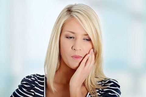 Dinti sensibili la rece si cald. 7 cauze ale sensibilitatii dentare