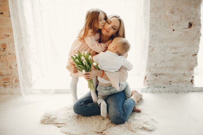6 sfaturi care te vor ajuta sa fii o mama mai buna