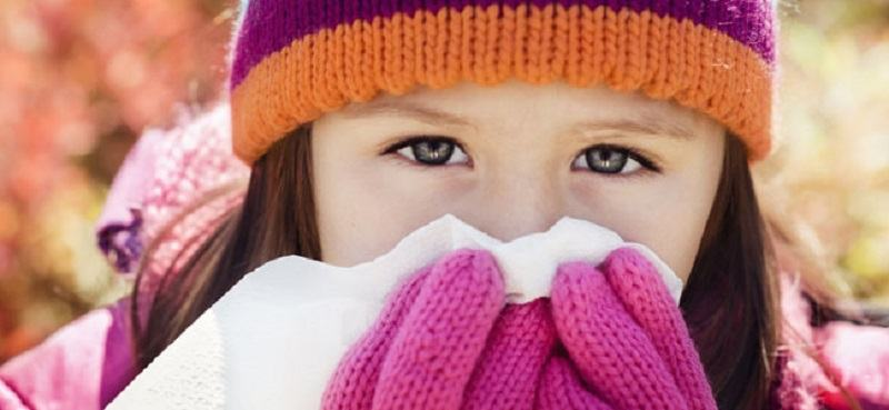 10 sfaturi pentru a te asigura ca micutul tau nu se imbolnaveste iarna
