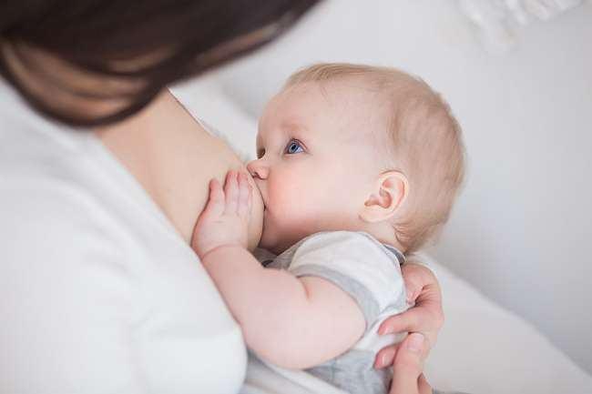Cum sa-ti alaptezi copilul nou-nascut: 7 sfaturi de urmat!