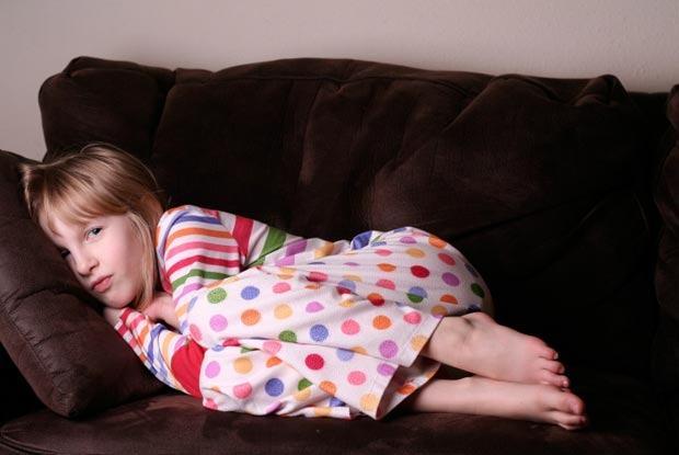 Cum reactionezi cand copilul vine la tine peste noapte