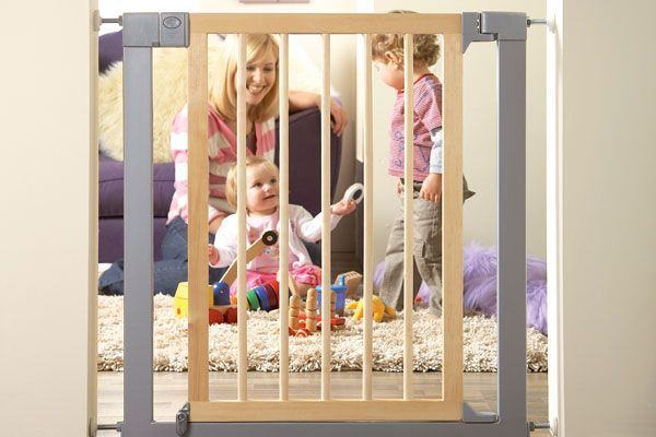 Securizeaza casa pentru bebe