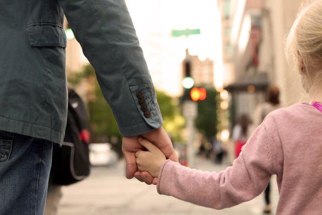 Limite fata de straini pe care copiii trebuie sa le cunoasca, pentru a fi in siguranta