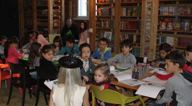 Ateliere gratuite de lectura pentru copii in luna martie dedicate personajelor feminine din carti