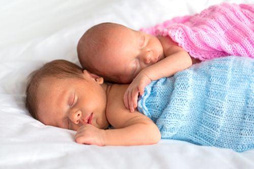 Micutul tau are probleme cu somnul? Iata solutiile de la specialisti si mamici